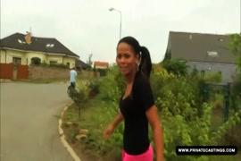 Https: www xxxlist tube xxxlist سكس أطول امرأة في العالم مع أقصر رجل في العالم 1346438 html