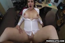 Big tit سمراء فاتنة يحب الديك.