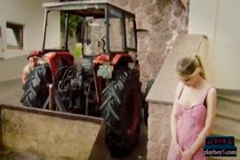 فيديو سكس نيك بنات صغار السن في العالم