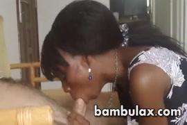أميليا فتاة في سن المراهقة اللسان xxx أبي ونائب الرئيس في الفم و.