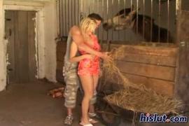فيديو سكسي اجنبي في صالة المساج انبوب زي