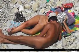 عارية المشاهير الاباحية نجمة والأولاد عارية مع العانة.