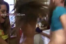 سكس بنات في محل ملبس سكس مصر
